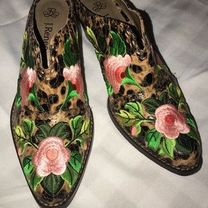 J.Rennee' leopard embroidered cowboy style mules.